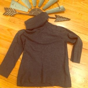 TALBOTS charcoal gray sweater Size M